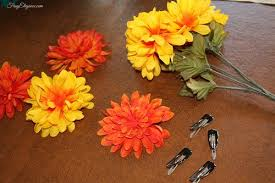 How To Make Flower Hair Clips - diy flower hair clips frugelegance