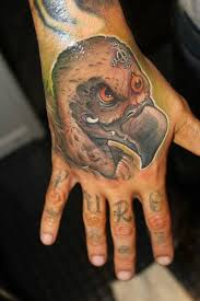 hand vulture tattoo by victor chil