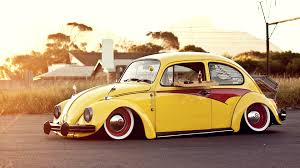 volkswagen wallpaper classic yellow vw beetle wallpaper 1051 wallpaper themes