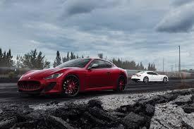 скачать 1080x1920 Maserati Granturismo Mc красный вид сбоку