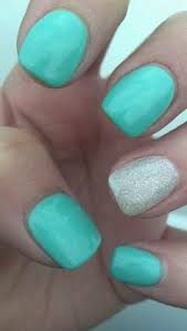 5 perfect nail color combinations for manicures and pedicures
