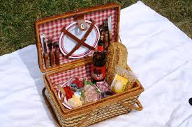 picnic baskets for two easy picnic food ideas for two jen joes design