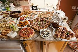 food for an english garden party stock photo 184918775 istock