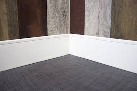 Modern Baseboard Styles by Fancy Modern Baseboard On Apartment Design Ideas Cutting Modern