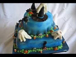 90 best halloween cakes images on pinterest halloween cakes