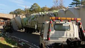 cops toilet paper truck hits northern state parkway overpass