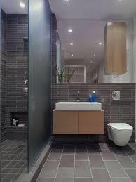 badezimmern ideen waschbecken rund toilette badezimmer fliesen kleines bad ideen