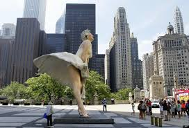 Most Amazing by 10 Most Amazing Giant Sculptures In The World