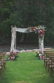 Wedding Ideas For Backyard by Best 25 Wedding Chuppah Ideas On Pinterest Lake Wedding