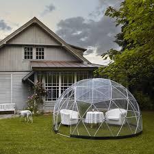 tonnelle de jardin avec moustiquaire jardin d hiver auvent d été serre géodésique garden igloo