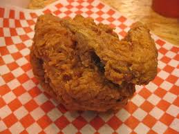 legendary fried chicken u0026 nashville chicken hits l a howlin