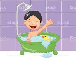 dessiner salle de bain mignon garçon en dessin animé ayant salle de bains stock vecteur