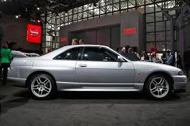 nissan skyline gtr r32 for sale nissan displays godzilla u0027s family tree in new york motor trend