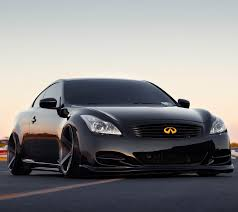 inifnitig35 is the best looking car inifiniti has made it has