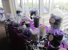 alluring wedding table decoration ideas with cute purple fabric
