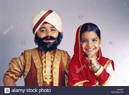 vda77173 indian children fancy dress of sikh couple in traditional