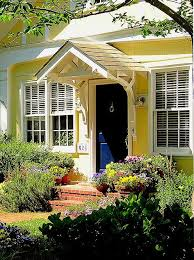 Navy Blue Front Door Best 25 Yellow Houses Ideas On Pinterest Yellow House Exterior