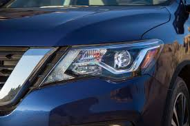 nissan kicks 2017 blue 2017 nissan pathfinder first look motor trend
