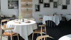cuisine uip avec table int r maaemo most northerly restaurant with michelin cnn travel