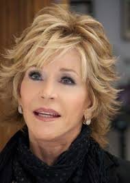 simple short shaggy hairstyles with layers for women over 50 with