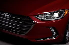 hyundai elantra lights 15 cool facts and features on the 2017 hyundai elantra