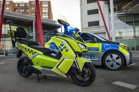police car scotland yard to combat toxic air in london with new fleet of