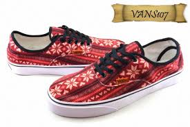 Harga Sepatu Dc Dan Vans jual sepatu vans 107 kanvas pria merah flower ud aneka varian
