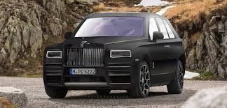 rolls royce cullinan rolls royce cullinan gets rendered based on spy photos