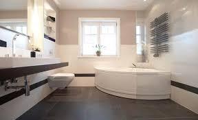 moderne fliesen für badezimmer moderne badezimmer fliesen grau awesome auf deko ideen oder 1 die