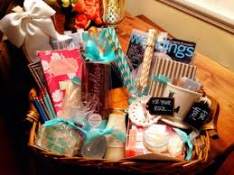 engagement gift baskets how to engagement gift basket hosting toasting gift it