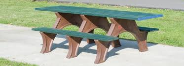 picnic tables series pilot rock