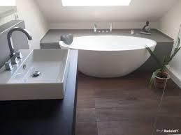 badezimmergestaltung modern die besten 25 freistehende badewanne ideen auf