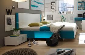 luftfeuchtigkeit im schlafzimmer haus renovierung mit modernem innenarchitektur kühles