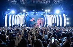 Photo Albums Nyc Now On Stage The Countdown To A New Taylor Swift Album The New