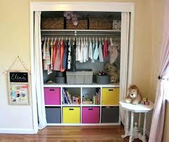 ranger chambre enfant rangement chambre garcon etageres a acpices rangement livres chambre