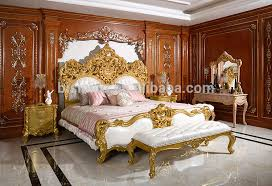 Royal Bed Frame Royal Place Gold Leaf Finished Full Solid Wood Carving Bed Arabic