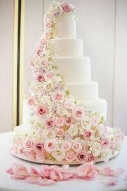 wedding cake mariage wedding cake mauve flowers montee mariage fleurs mauves