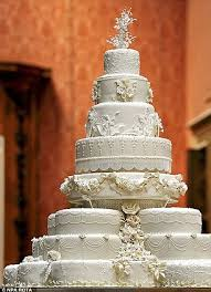 slice of queen u0027s wedding cake sells for just 560 at auction
