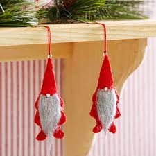 make a gnome ornament from better homes and gardens