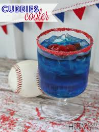 a chicago cubs themed cocktail the homespun hydrangea