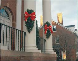 outdoor wreaths sprays and greenery commercial