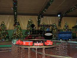Christmas Town Decorations Continue Your Family Traditions With Christmas Town At Busch