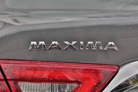 nissan maxima brake light switch 2016 kia cadenza vs 2016 nissan maxima autoguide com news