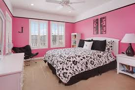Bedroom Purple Wallpaper - light pink bedroom purple fur rug on floor white canopy bed ideas
