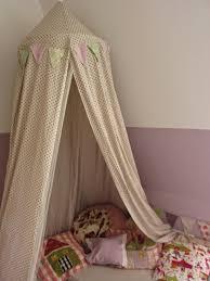 kuschelh hle kinderzimmer schleifenband und zuckerguss im mädchenzimmer gibt es jetzt eine