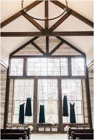 wedding chapels in houston montgomery tx wedding photographer big sky barn crimson and