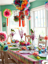 how to decorate birthday table stylish birthday parties without balloons curated stylish finds