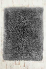 Grey And White Bedroom Ideas Uk The 25 Best Gray Shag Rug Ideas On Pinterest White Lounge