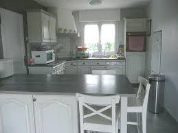 repeindre cuisine en bois peinture bois cuisine les cuisines de claudine racnovation