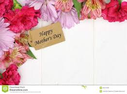 mother u0027s day gift tag with flower corner border on white wood